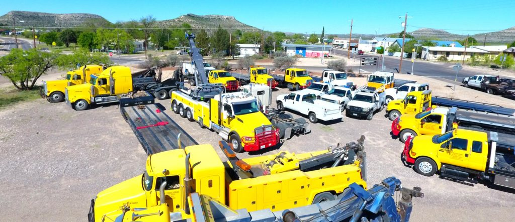 Home | Balmorhea Towing & Truck Tires | Accident Recovery